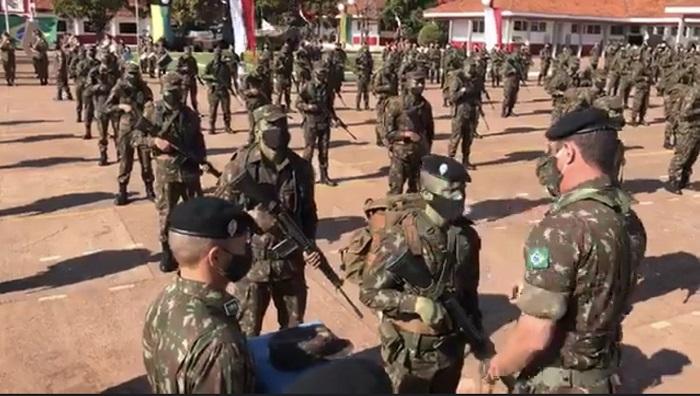 Em Ponta Porã, 11º RC MEC realizou  solenidade de entrega da boina preta