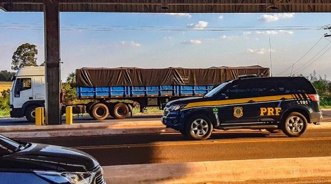 PRF apreende carga contrabandeada avaliada em 2 milhões de reais