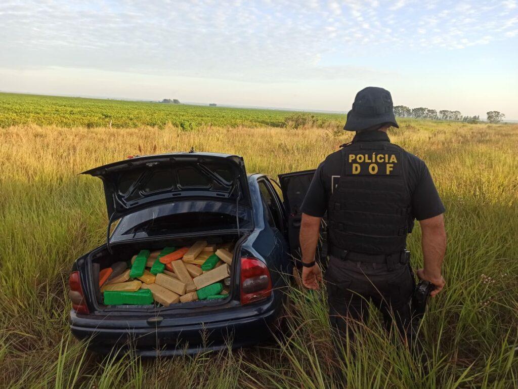 Durante bloqueio, DOF apreende carro com mais de 600 quilos de maconha