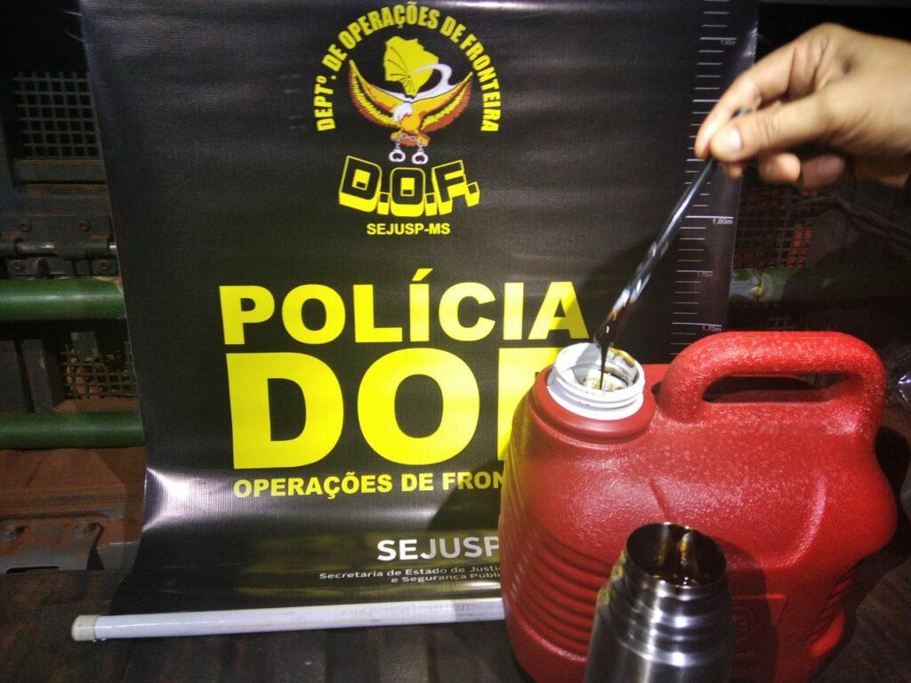 Em Ponta Porã, DOF apreende mais de 4 litros de óleo de maconha em garrafa térmica