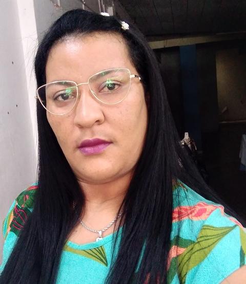 Veja quem troca de idade hoje, 10/04, por Dora Nunes