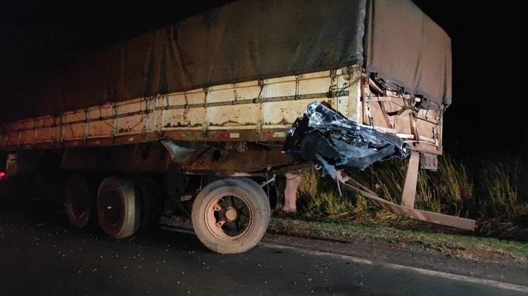 Amambaiense morre em violento acidente na BR - 163