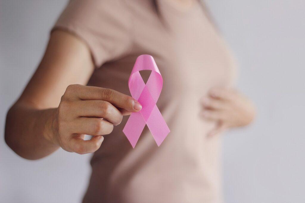 Auxílio psicológico a pacientes com câncer de mama