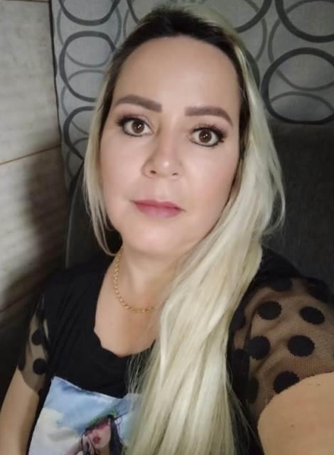 Confira os aniversariantes de hoje, 08/10, por Dora Nunes