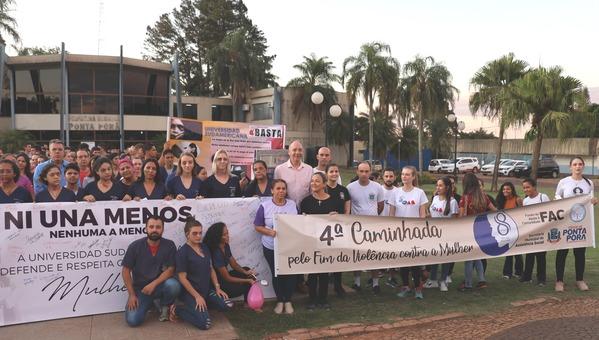 Em Ponta Porã, caminhada reforça combate ao fim da violência contra a mulher