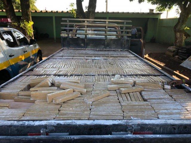 No total foram encontrado 1.150 tabletes da droga. (Foto: Divulgação/PMR)