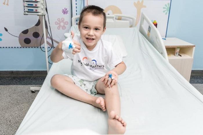 Nico es una de la historias que se visibilizan en este Febrero Dorado en el Departamento de Oncología Pediátrica. Foto: Fundación Renaci.