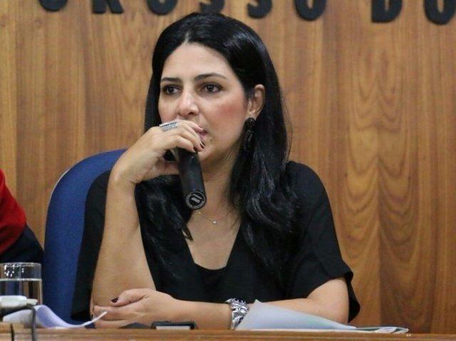 Subsecretária de Estado de Políticas Públicas para as Mulheres, Luciana Azambuja. Foto: Sedhast
