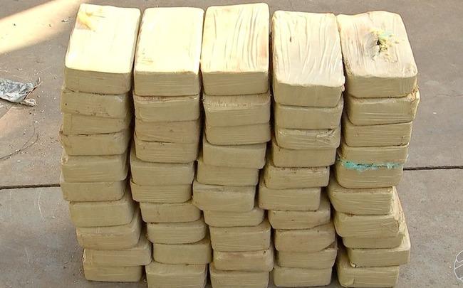 Motorista é preso por traficar 50 kg de cocaína em MS